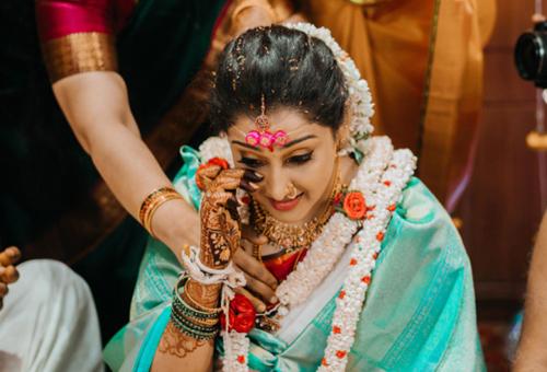 wedding photography emotion filled